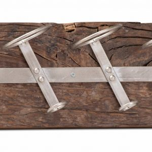 Wall Mounted Reclaimed Timber 6 Bottle Wine Rack