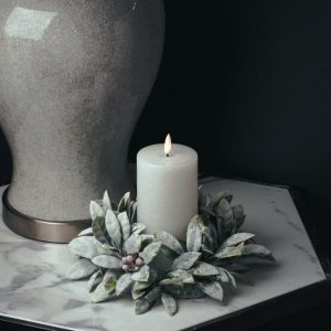 Frosted Candle Wreath